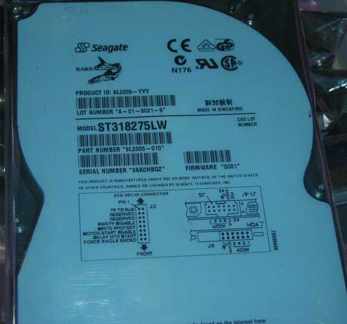 SEAGATE ST318275LW